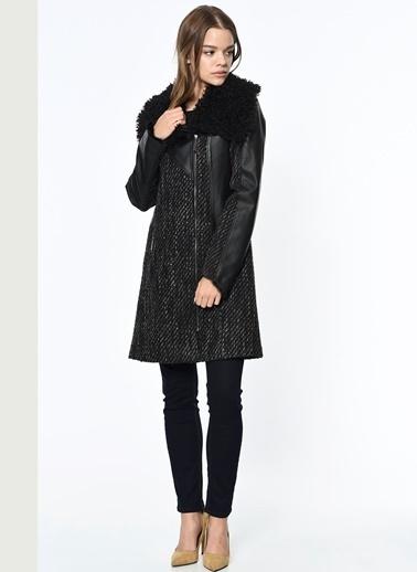 Dewberry Kısa Palto Siyah